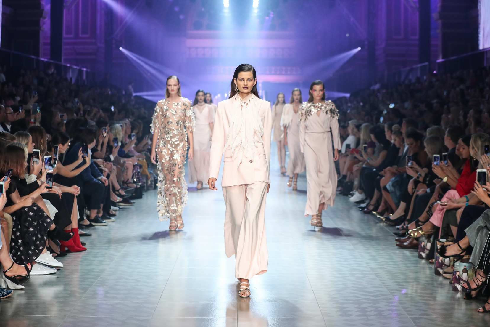 2018 VAMFF, Grand Showcase Ginger & Smart 7